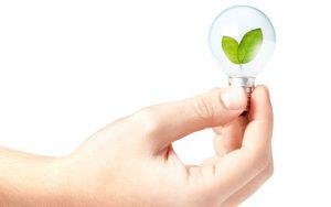 Niños-ahorrando-energia